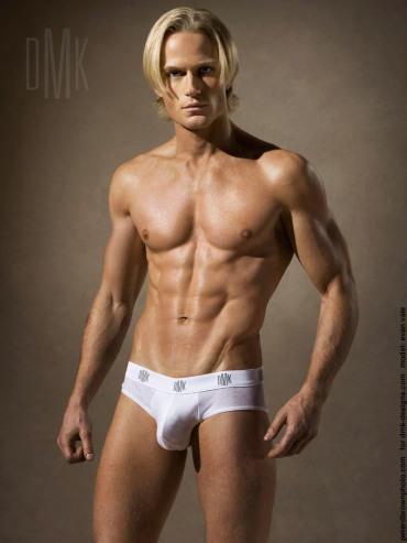Travis Hanson Male Models Picture